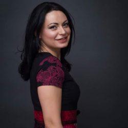 Julia Kolozsvari